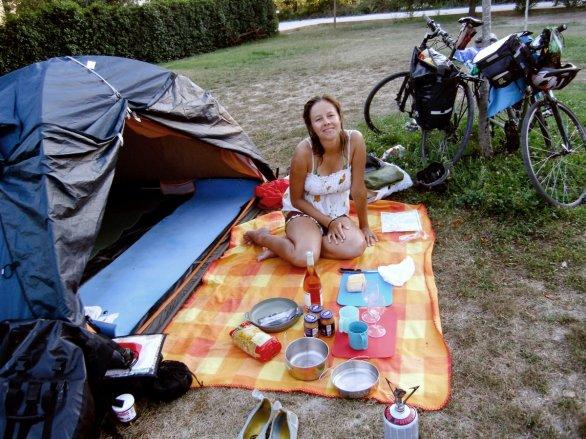 Camping Orange
