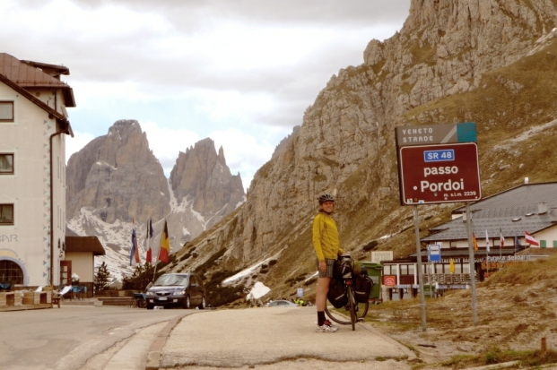 Passo Pordoy 2239m