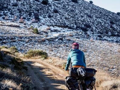 Die Schneegrenze liegt auf 2000m / Hranice sněhu leží ve výšce 2000m